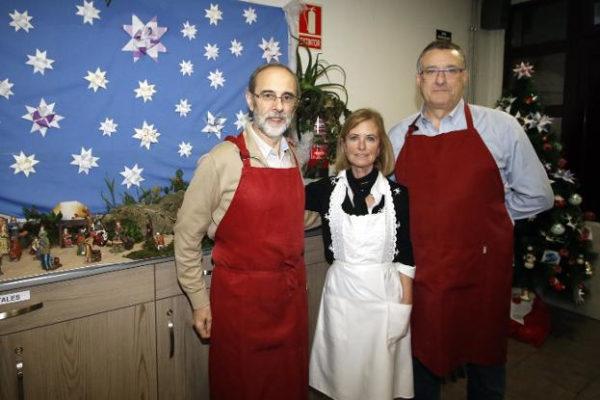Foto de los voluntarios en la cena de Navidad